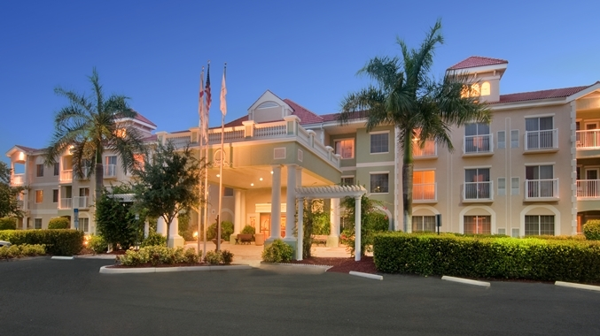 DoubleTree Suites by Hilton Hotel Naples