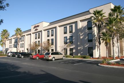 Hampton Inn - Spring Hill